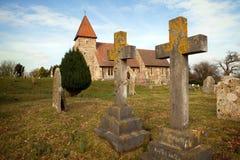 中世纪教会英国严重的坟园 免版税库存照片