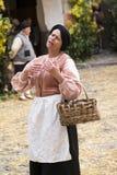 中世纪服装党的参加者 库存照片