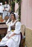 中世纪服装当事人的参与者 免版税库存图片