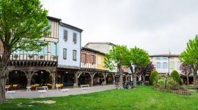 中世纪村庄Mirepoix 免版税库存照片