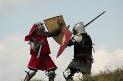 中世纪欧洲战斗的骑士 库存照片