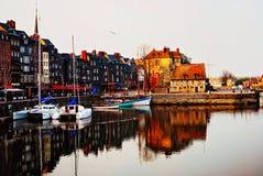 中世纪港口的honfleur 库存图片