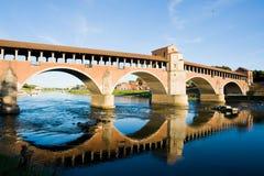 中世纪的桥梁 免版税库存照片