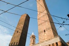 中世纪的波隆纳称一百个塔城市 免版税库存照片