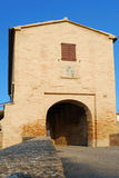 中世纪的门 库存图片