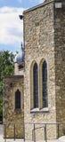 中世纪石大厦在小修道院 免版税库存照片