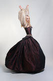 中世纪礼服的女孩 库存图片