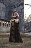中世纪秀丽的礼服 免版税库存照片