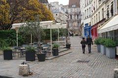 中世纪街道云香des纬向条花,巴黎 库存图片