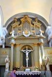 中世纪被加强的修道院的里面教会在Crit (克洛伊茨),特兰西瓦尼亚 免版税库存图片