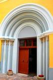 中世纪被加强的教会Cristian,特兰西瓦尼亚的门 免版税库存照片