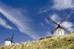 中世纪西班牙风车 图库摄影