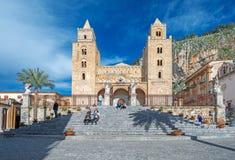 中世纪诺曼底大教堂在Cefalu西西里岛意大利 库存图片
