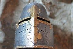 中世纪头饰大量盔甲铁的骑士非常 库存图片