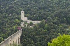 中世纪acqueduct的桥梁 免版税图库摄影