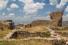中世纪Markovi Kuli城堡的废墟 免版税库存照片