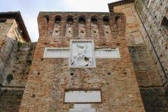 中世纪Sigismondo墙壁在R防御(Castello Sidzhizmondo) 库存图片