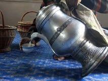中午柴(咸茶),斯利那加,克什米尔,印度 免版税库存照片