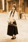 中国人传统礼服的女孩 免版税图库摄影