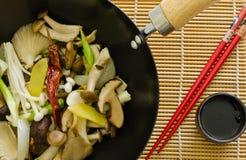 中国人油炸物蘑菇混乱 免版税库存照片