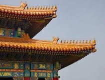 中国人的一个详细的特写镜头在故宫顶房顶建筑学在北京,中国 天堂般的宫殿纯度 库存图片