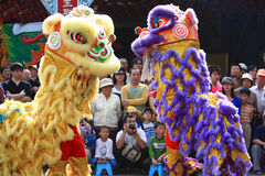 中国人舞蹈狮子 免版税图库摄影