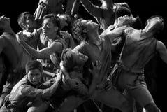 中国人舞蹈组现代雕塑 免版税库存照片