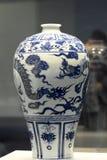 中国传统古色古香的花瓶 库存照片