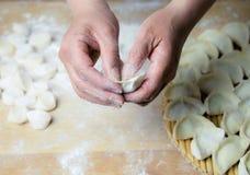 中国传统面团,饺子 免版税库存图片