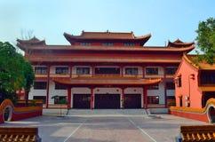 中国佛教寺庙在蓝毗尼,尼泊尔-菩萨出生地  免版税库存照片
