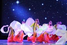 中国古典宫殿舞蹈-所有花一起开花-京剧舞蹈 免版税库存图片