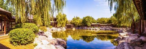 中国古典庭院大厦中国古典庭院西部公园场面 免版税库存照片