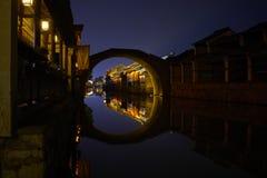 中国古镇夜视图  免版税库存图片