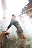 中国塑造的妇女年轻人 免版税库存图片