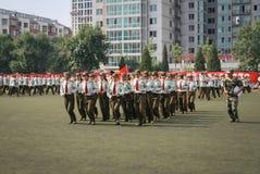 中国大学生军事训练10 库存图片
