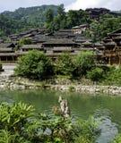 中国少数民族村庄 免版税库存照片