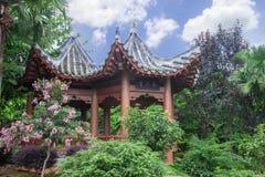 中国庭院亭子 免版税库存图片