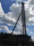 中国建造场所在蓝天下 免版税库存图片