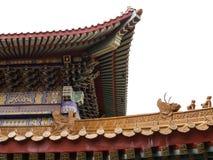中国式房檐,屋顶的零件,隔绝在白色backgroun 库存图片