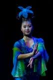 中国杂技演员。 Shantu杂技马戏团。 免版税库存图片