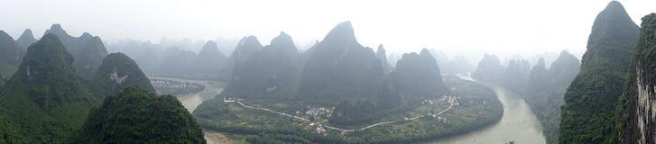 中国桂林李河巡航小船 图库摄影