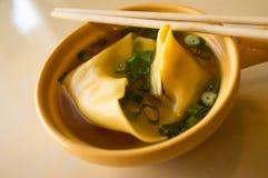 中国汤馄饨 库存图片