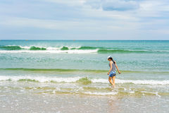 中国海滩的岘港越南女孩 库存照片