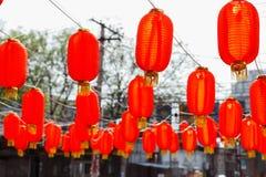中国灯笼在一个晴天 免版税库存图片