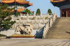 中国监护人狮子雕象 库存图片