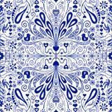 中国艺术风格无缝的样式背景 有民间艺术花、叶子、心脏和鸟的蓝色和白色重复的瓦片 用途为 向量例证