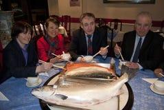 中国苏格兰三文鱼成交 免版税库存照片