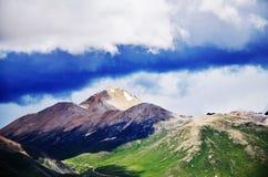 中国西藏峰顶 免版税库存图片