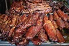 中国食物,在盘子的熏制的鸭胸脯 在B的街道食物 免版税库存照片