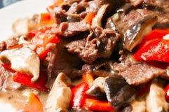 中国食物--蘑菇和牛肉 库存图片